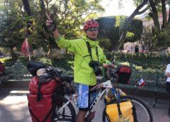 Recorre el mundo en bicicleta y pasa por Querétaro