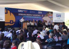Se entregan obras educativas y viales en el municipio de Landa de Matamoros